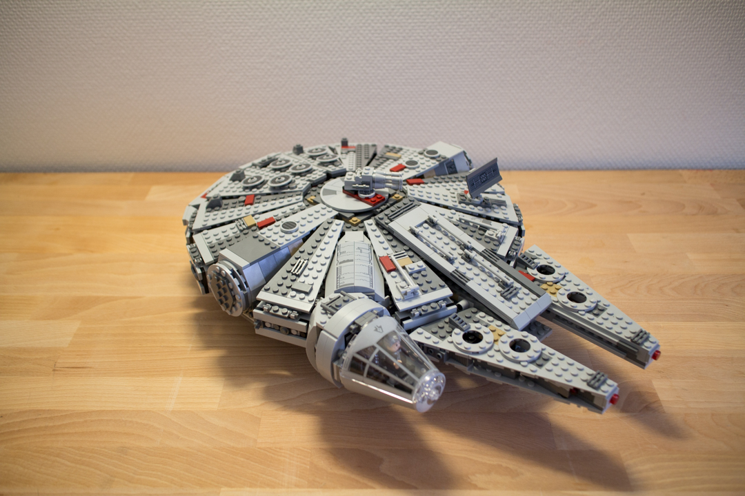 Millenium Falcon (21 Of 25)