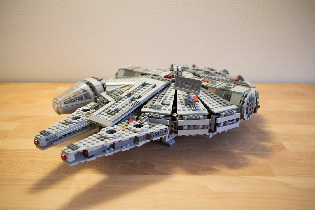 Millenium Falcon (24 Of 25)