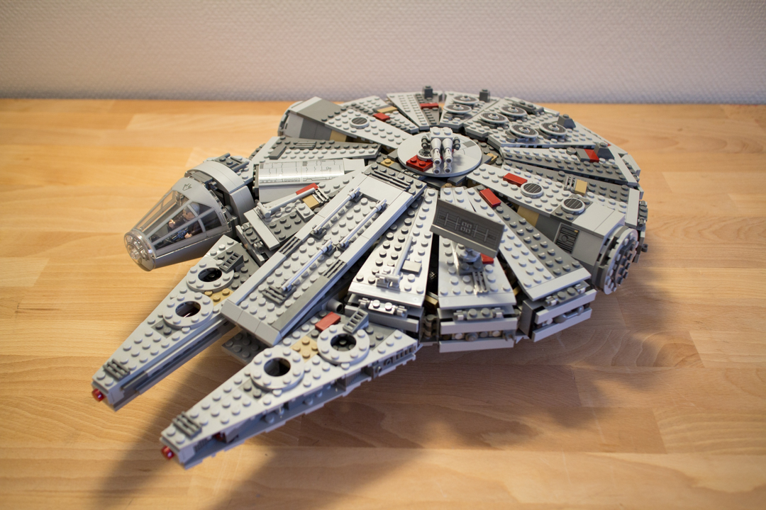 Millenium Falcon (25 Of 25)