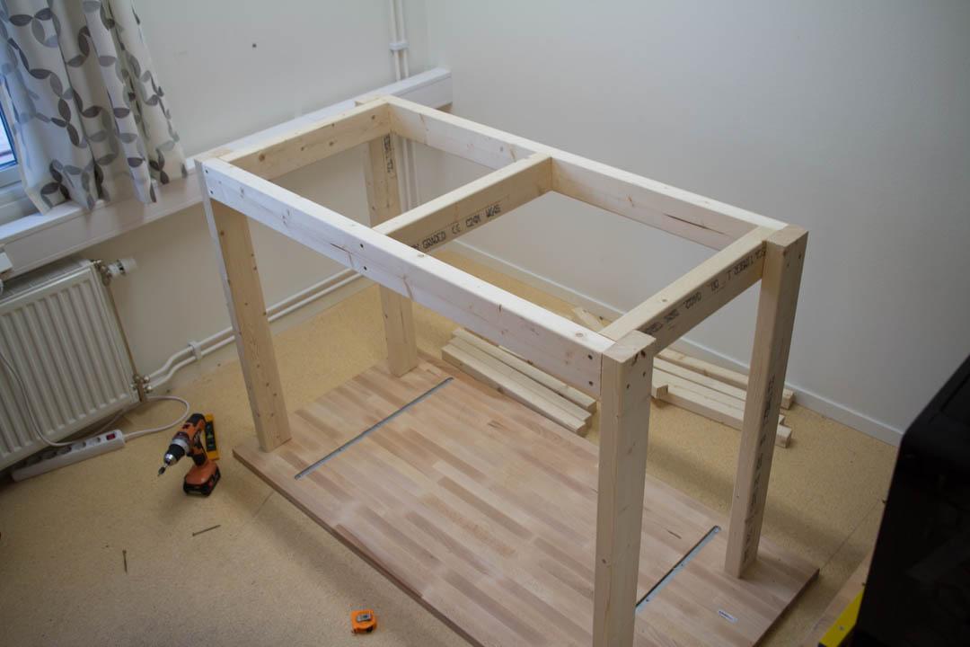 Workbench (6 Of 16)